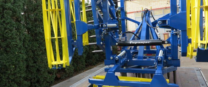 Teška drljača 3 krila sa hidraulikom – radna širina 3,3 m
